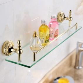 стеклянные полки для ванной комнаты фото оформление