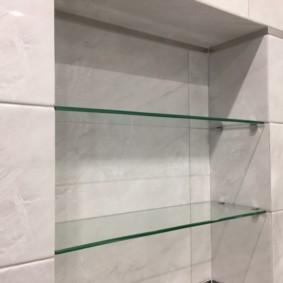 стеклянные полки для ванной комнаты варианты