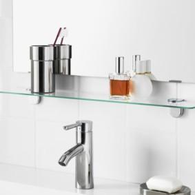 стеклянные полки для ванной комнаты варианты идеи