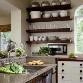 стеллаж для кухни из дерева