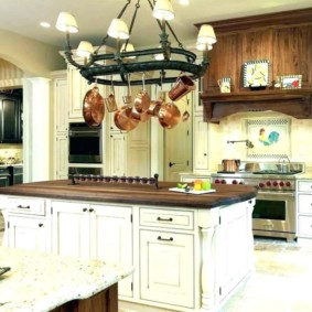 стеллаж для кухни в интерьере