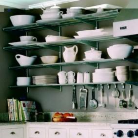 стеллаж для кухни с посудой