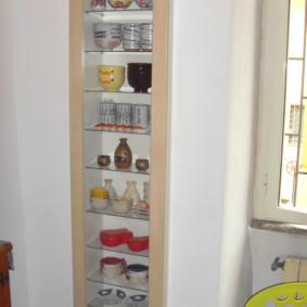 встроенный стеллаж для кухни
