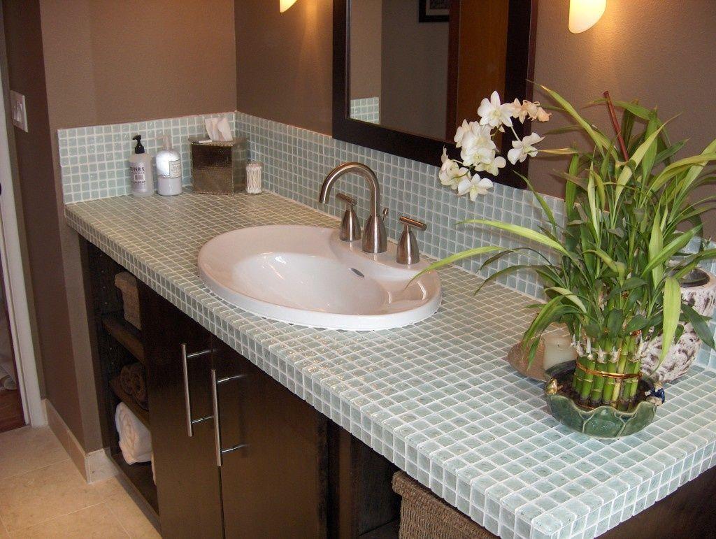столешница из мозаики в ванную