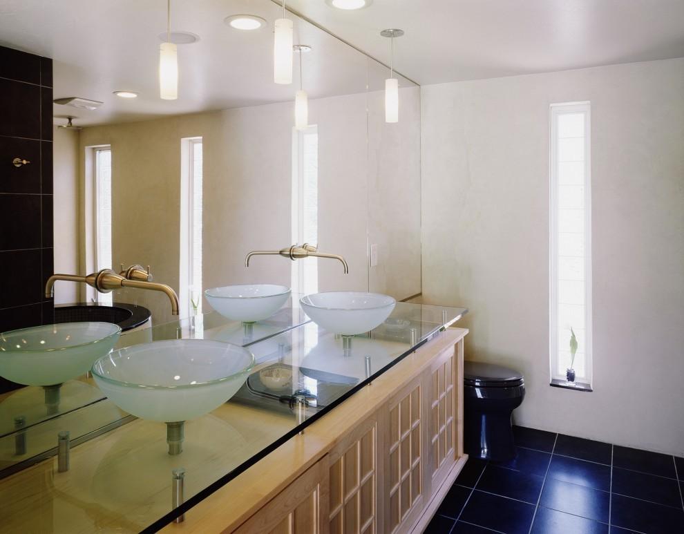 столешница из стекла в ванную