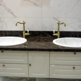 столешница в ванную интерьер фото