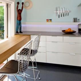 столешница вместо подоконника на кухне дизайн фото