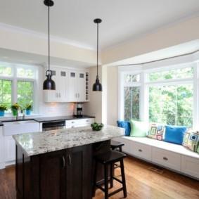 столешница вместо подоконника на кухне фото декора