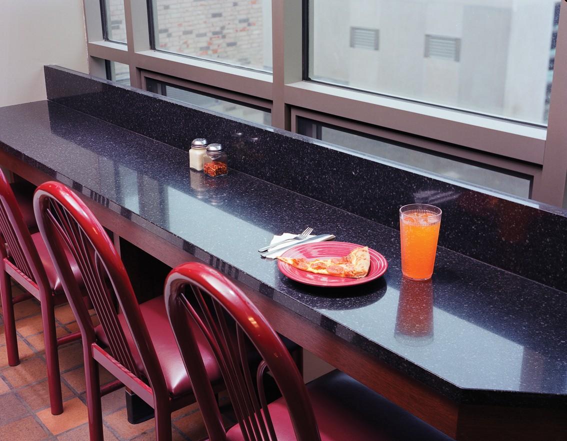 столешница вместо подоконника на кухне фото дизайна