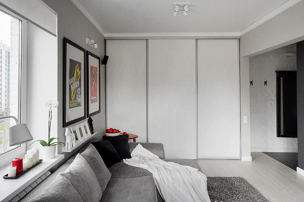 Светлая мебель в однокомнатной квартире