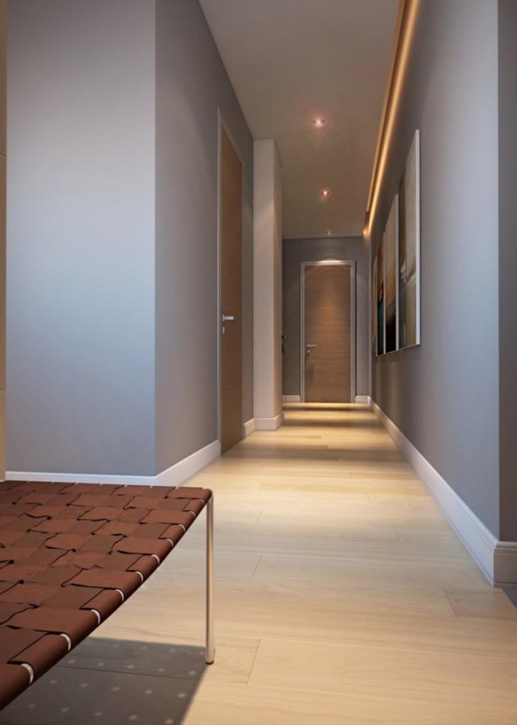 Узкий коридор с однотонными стенами