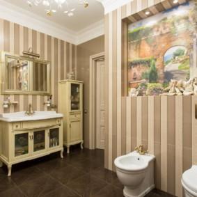 Художественная роспись ниши в стене ванной