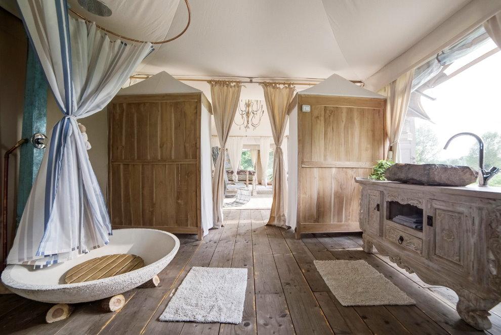 Поддон из камня в ванной стиля прованс