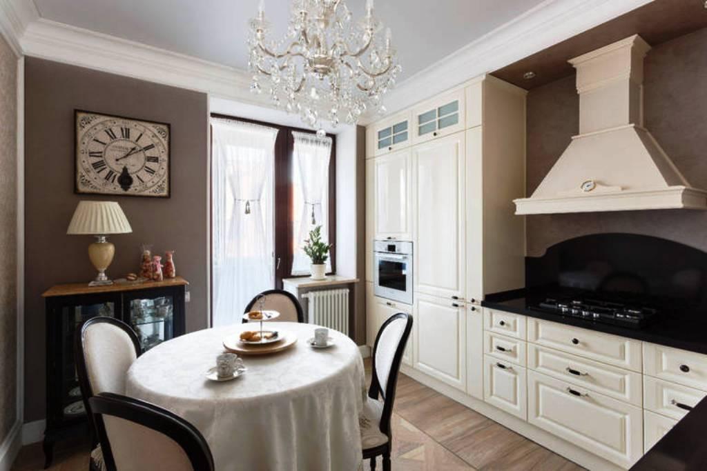витражные шторы для кухни в стиле прованс
