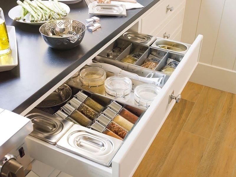 хранение кухонных принадлежностей специй