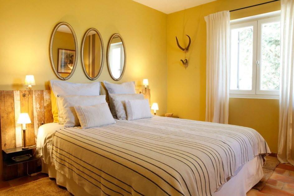 желтая спальня интерьер фото