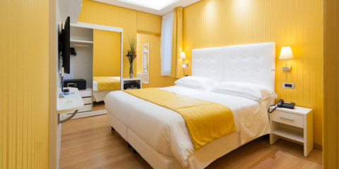 желтая спальня виды