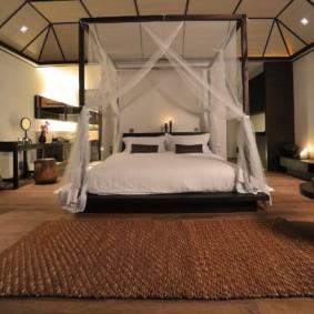 безворсовый ковер в спальню