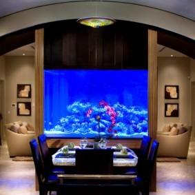 аквариум в квартире идеи фото