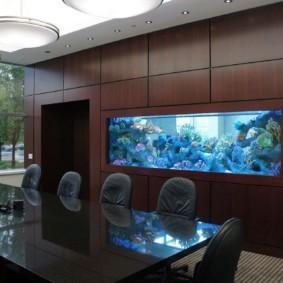 аквариум в квартире обзор