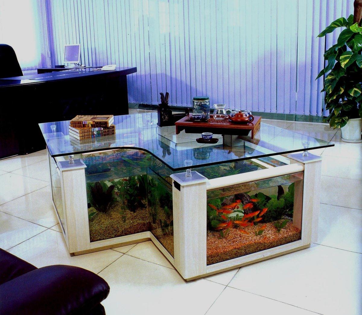аквариум в столе