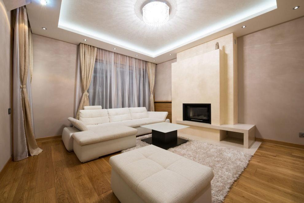 Белая мебель в зале с камином