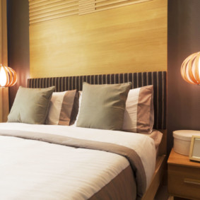 бра в спальне над кроватью идеи декора