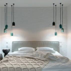 бра в спальне над кроватью фото интерьера