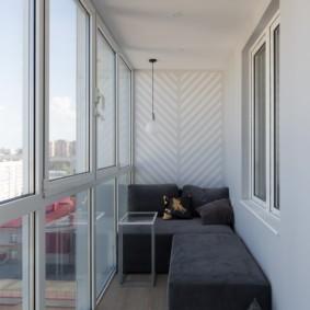 диван на балкон декор