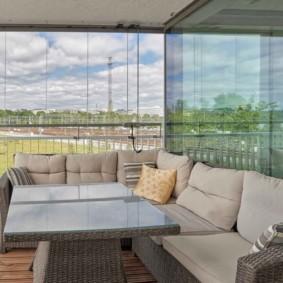диван на балкон фото декор