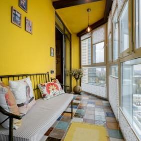 диван на балкон фото декора