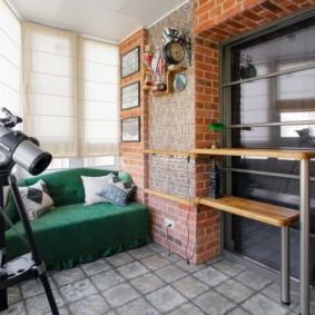 диван на балкон интерьер