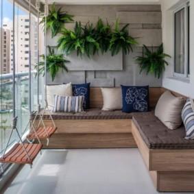 диван на балкон идеи интерьера