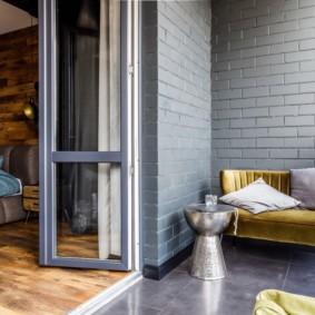 диван на балкон дизайн фото