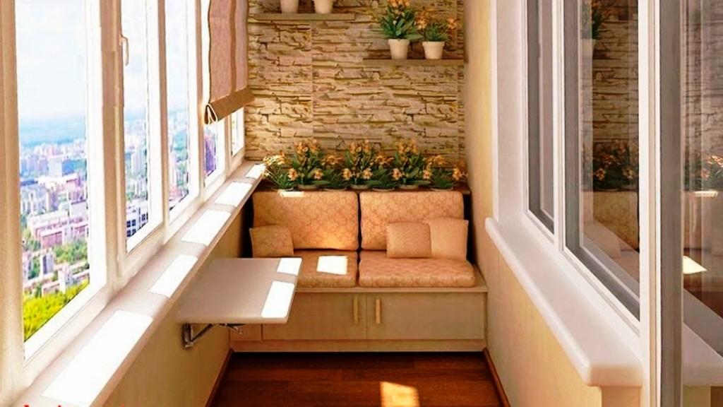 диван на балкон фото примеры