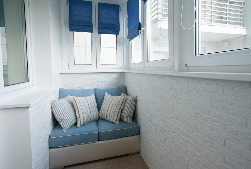 Балконные диванчики фото