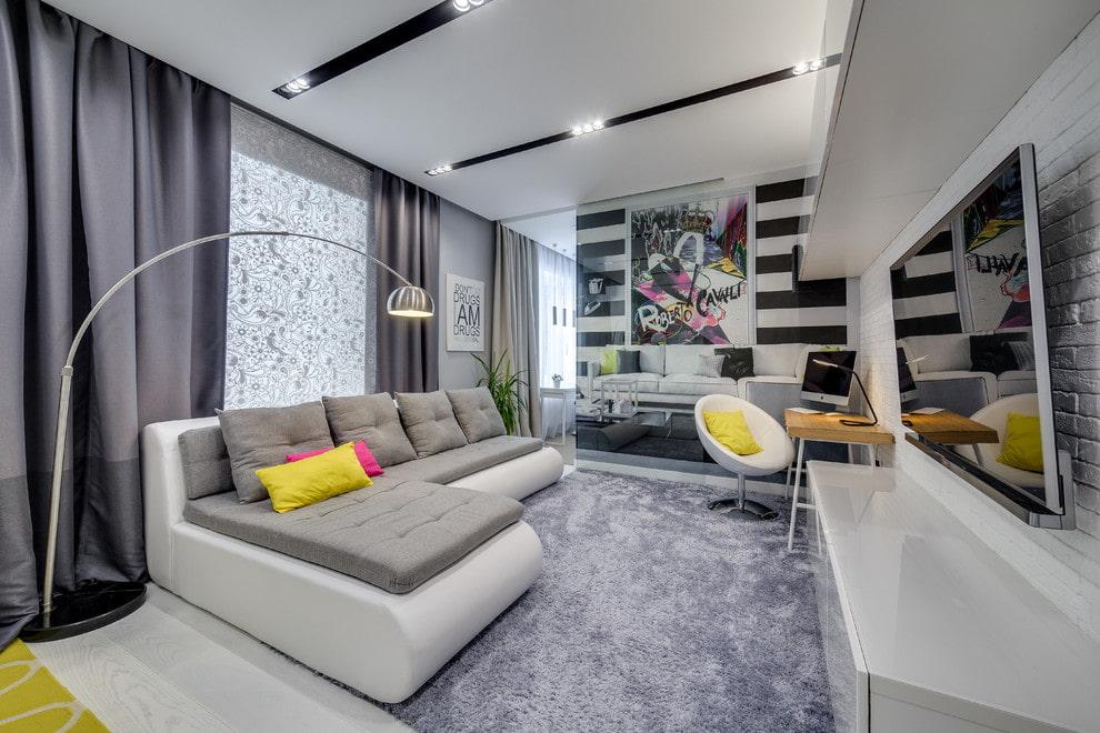 диван в гостиную бело серый