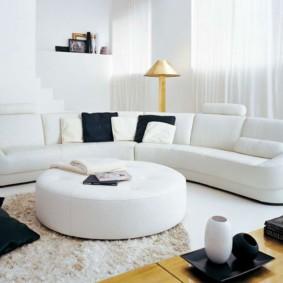 диван в гостиной фото идеи
