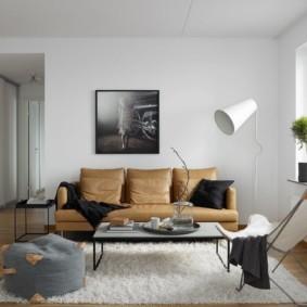 диван в гостиной интерьер