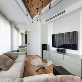 Ламинированный пол в гостиной нестандартной формы