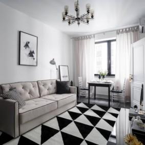 Геометрический орнамент на ковре в гостиной