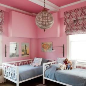 Крашенные стены розового цвета