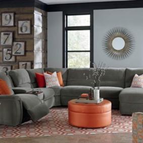 Комплект мягкой мебели серого цвета
