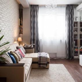 Уютная гостиная в панельном доме