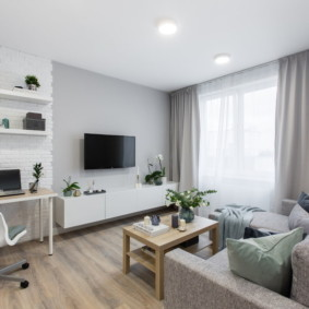 Светлая комната в квартире новостройки