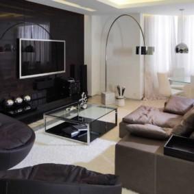 Черная стене в гостиной стиля ай тек