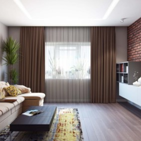 Интерьер гостиной с коричневыми шторами