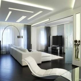 Белая мебель на темном полу