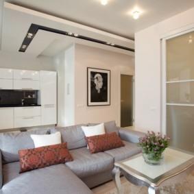 Двухуровневый потолок в кухне гостиной