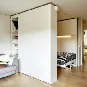 Раскладное спальное место в однушке панельного дома
